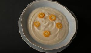 Crème de chou-fleur et kumquats