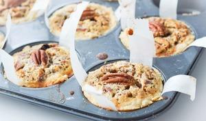 Mini-pies comme un cookie pécan et chocolat