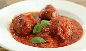 Boulettes de viande à la sauce tomate à l'italienne