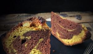 Marbré chocolat-curcuma à la vanille