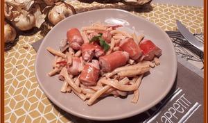 Macaroni aux champignons et saucisses de Strasbourg