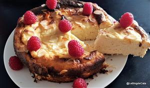 Gâteau à la ricotta, au citron et aux amandes