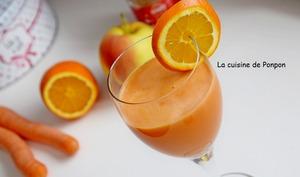 Jus de pomme, carotte, orange et gingembre, vegan