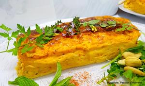 Flan de légumes au curcuma fromage raclette et fleurs de pissenlits