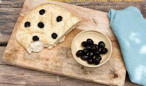 Fougasse au levain aux olives noires