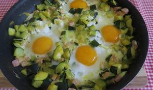 Courgettes au bacon et œufs