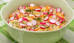 Salade de semoule, légumes de fin de printemps