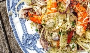 Salade de calamars et gambas