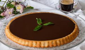 Tarte renversée financier au chocolat à la Chartreuse verte