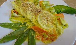 Filet d'églefin en papillote sauce au fromage blanc gingembre et coriandre, légumes de saison