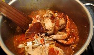 Bouillon de crabe créole