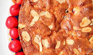 Gâteau cerises et amandes