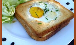 Croque saumon œuf