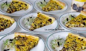 Tarte aux champignons et fanes d'oignons, végétarien