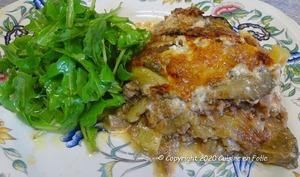 Gratin d'aubergine au boeuf, sauce tomate, crème au Mascarpone,parmesan,origan