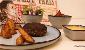 Steak, patate et mayo au paprika