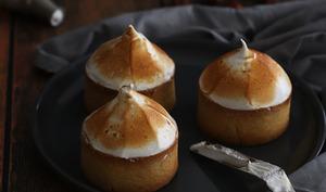 Tartelettes citron et noisette meringuées