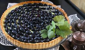 Tarte aux raisins noirs Muscat et crème mousseline