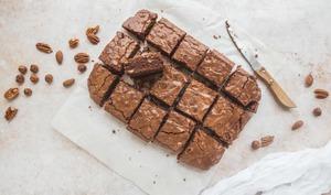 Brownies aux noisettes, noix de pécan et amandes