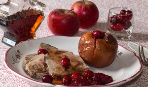 Rôti de porc aux pommes farcies