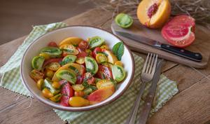 Salade de tomates anciennes à la menthe