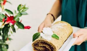 Gâteau Roulé au matcha et cerises
