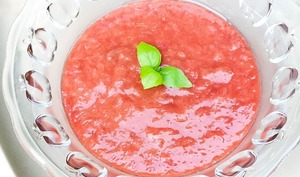 Soupe de rhubarbe et fraises