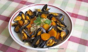 Moules au gingembre aux carottes