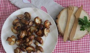 Poêlée de champignons de Paris au balsamique, sauce soja et ail