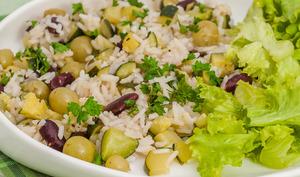 Riz aux courgettes, haricots et raisins