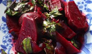 Betteraves rouges et fanes braisées aux saveurs chinoises