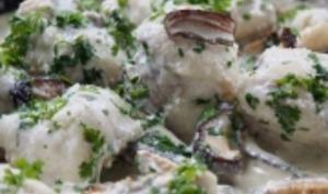 Poisson blanc en sauce lait de coco et champignons