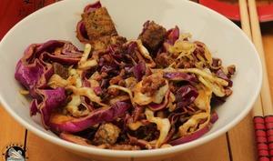 Salade de choux aux lardons