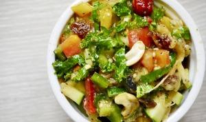 Ma salade Lisa, légumes de saison, fruits secs et oléagineux