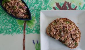 Salade de thon aux câpres, olives et citron