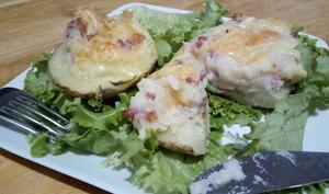 Les pommes de terre farcies façon tartiflette