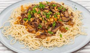 Nouilles chinoises aux cèpes et aux crevettes