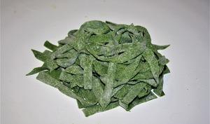 Faire des pâtes vertes