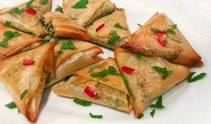 Samosas aux fanes de navet et patate douce