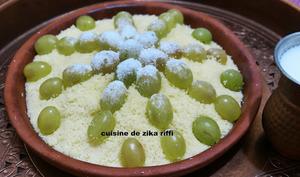 Couscous fin sucré aux raisins blancs