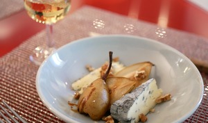 Poêlée de poires. Fromage Rochebaron®.