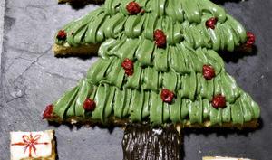 Sapin de Noël pain de gêne et cream cheese à la pistache