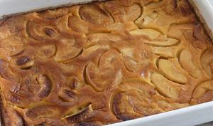 Far Breton aux pommes caramélisées