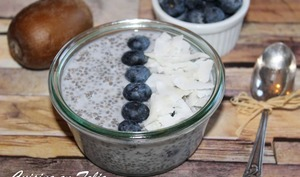 Chia pudding myrtille-coco