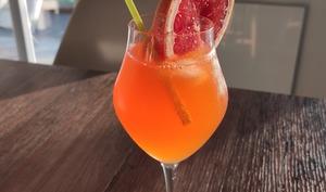 Tropical rosé Spritz