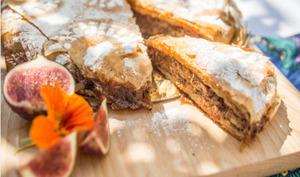 Pastilla marocaine au poulet, amandes et miel