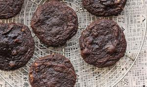 Cookies chocolat, cacahuètes et sauce soja