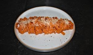 Faire des pâtes oranges