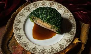 Chartreuse de poule faisane au chou à la Périgord