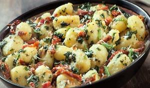 Gnocchi au ricotta, épinard et jambon de parme